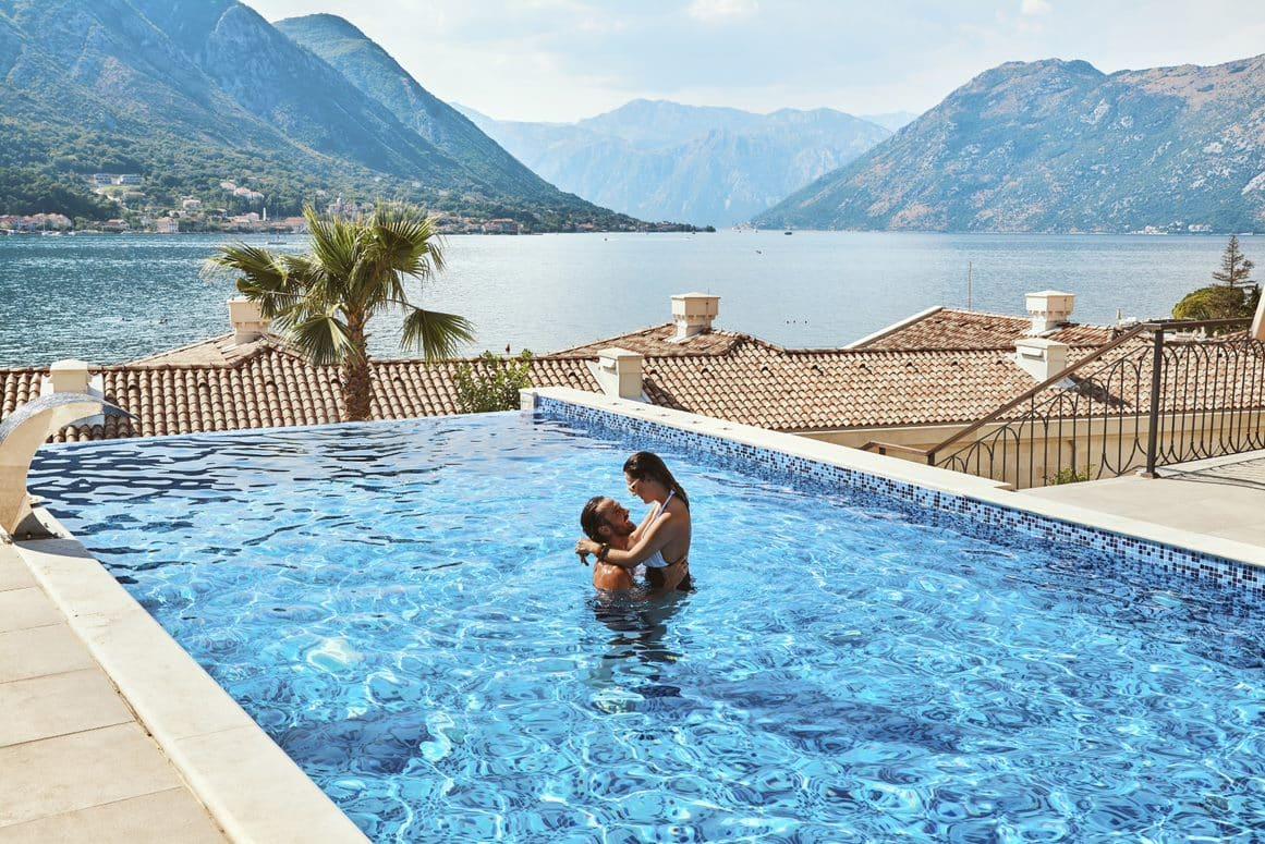 Huma Kotor Bay - pool