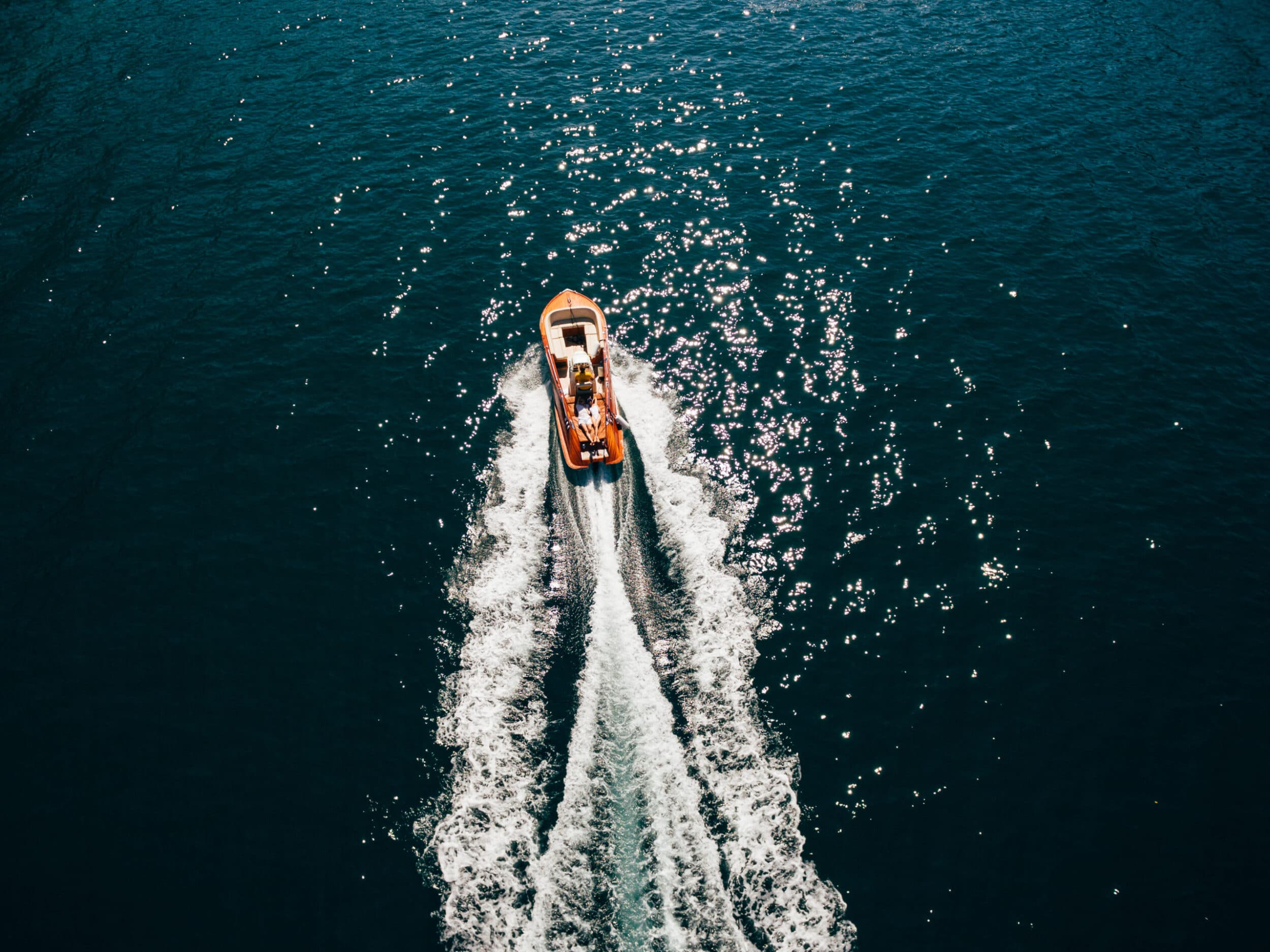 Huma Activities- speed boat excustions